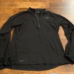 Black Nike pullover size L